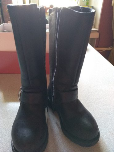 Продаю детские (девочковые) сапожки кожаные размер 26, состояние