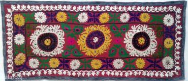 Ковры в Таджикистан: Старинное гулдузи ручной работы на шелковой основе. Размер 2. 15х95