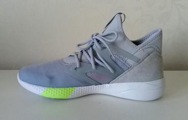 Кроссовки и спортивная обувь в Кыргызстан: Reebok NEW✔ р.38 Легкие, дышащие. Заказывали для себя, ошиблись с