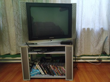 телевизор самсунг 54 см в Кыргызстан: Телевизор + тв приставка Samsung Диагональ 74см