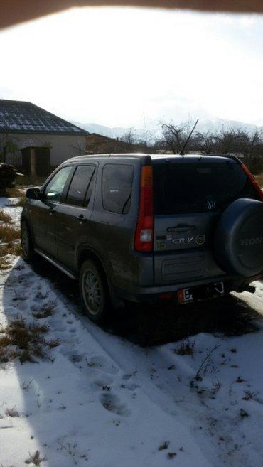 продаю хонда CRV 2004 года европеец объем 2.0 коробка передач механиче в Кызыл-Суу