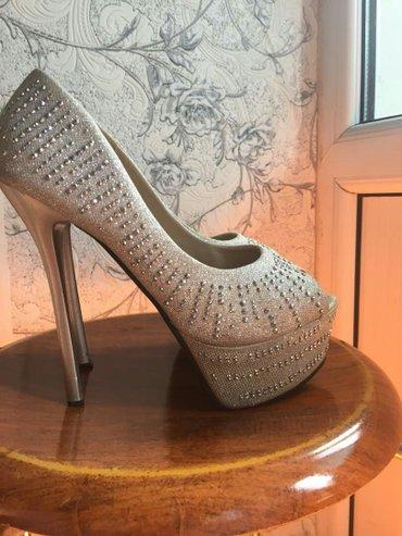 Туфли с камнями удобный размер37 каблук 12см вацап в Бишкек