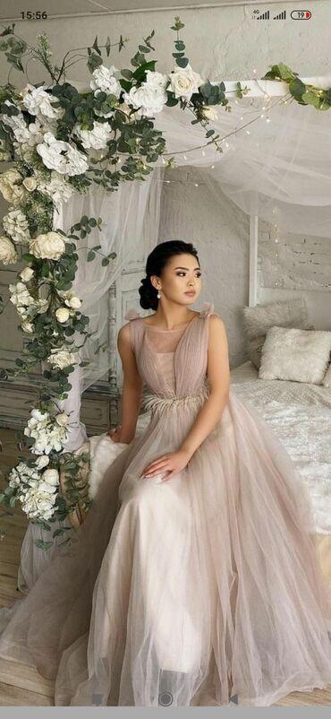 Свадебные платья и аксессуары - Кыргызстан: Прокат вечерних платьев, большой ассортимент новых платьев. Выпускница