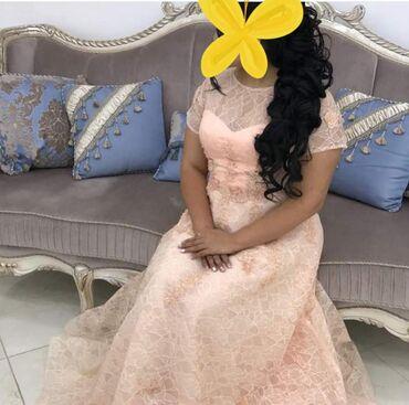 Продаю очень красивое платье cosmobella. Покупала за 28000сом.одевала