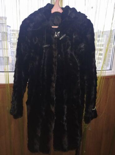 Продаю норковую шубу44-46 размерС капюшономЧерного цвета Отл