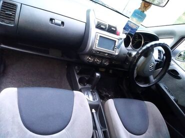 Honda - Кыргызстан: Honda Fit 1.3 л. 2003