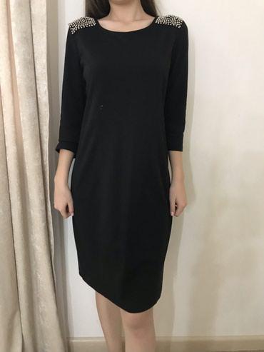 Продаю красивое платье, достаточно плотное, размер L в Бишкек