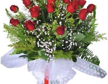 Bakı şəhərində Gul salonuna florist xanim teleb olunur.Telebler: