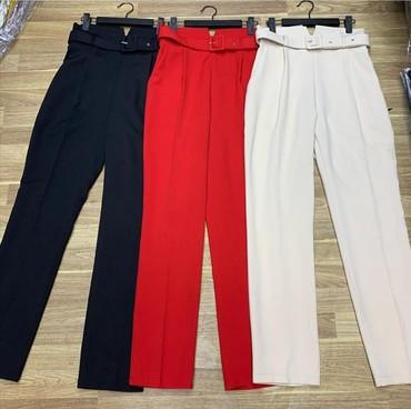 женские брюки классика в Кыргызстан: Брюки классикачерного цвета. На высокой посадке. Новые. Цена 700