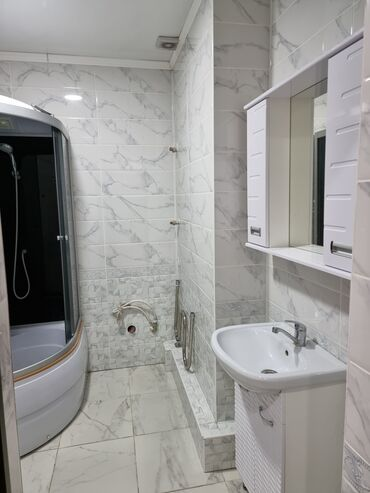 квартира берилет кок жар in Кыргызстан | ҮЙЛӨРДҮ САТУУ: Элитка, 3 бөлмө, 152 кв. м Эмереги менен, Евроремонт