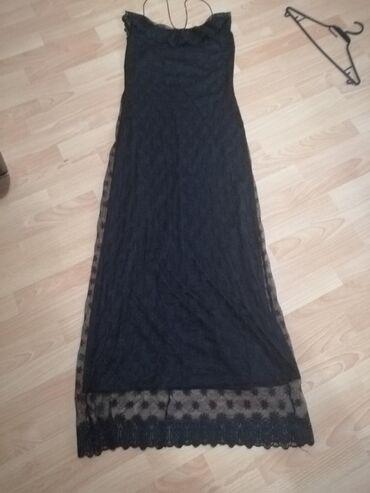 Duga crna haljina, sa pravom čipkom. Vel. M JEDNOM OBUČENA