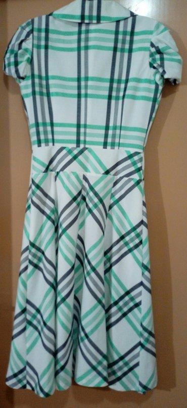 Po-stvari-dvaput - Srbija: Karirana ženska haljina na preklop,veličina s. Obučena dvaput,u