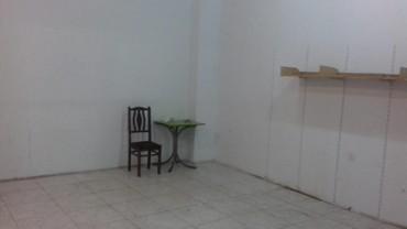 Sabail şəhərində Inşaatçılar metrosuna beş deqiqelik yol. Sahesi 30 m2. Temirli,