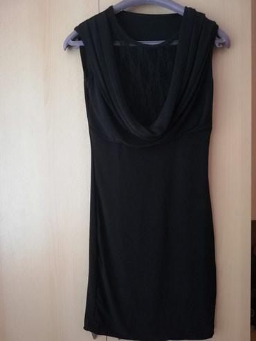 Rastegljiva crna haljina, univerzalne velicine Nikad nosena - Lajkovac