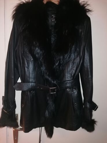 Crna kožna jakna sa prirodnim krznom! Nosena svega dva puta