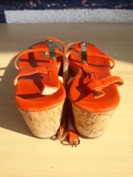 Sandale 2,3 puta nošene u odličnom stanju, kombinacija sa zlatnim - Belgrade