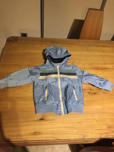 Benetton proletna/jesenja jaknica za decake. Velicina, 2 godine (90 - Crvenka