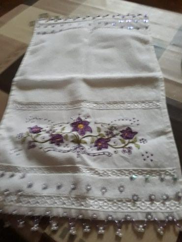Bakı şəhərində Маленькое полотенце с вышивкой ручная работа