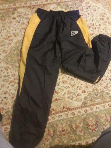 спорт штаны от NIKE оригинал  Made in  Malaisia.  размер 50-52 тел 070 в Лебединовка