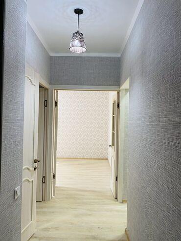 продам 1 комнатную квартиру в бишкеке в Кыргызстан: 105 серия, 3 комнаты, 65 кв. м Без мебели, Животные не проживали, Раздельный санузел
