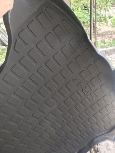 7800 объявлений: Оригинальный полик CRV-3  На багажник