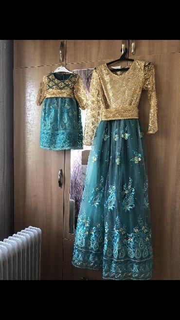 размер-44 в Кыргызстан: Продаю платье мамы и дочки. Одевали 1 раз. Размер для мамы-42-44, для