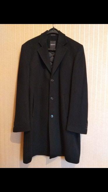 Мужские пальто в Кыргызстан: Продаю пальто чёрного цвета,70% шерсть и 30% кашемир, размер 52. Произ