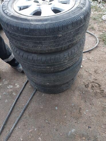 квартира за 10000 в месяц in Кыргызстан | СНИМУ КВАРТИРУ: Продаю диски с шинами размер 15. Всё комплектом 4 штуки за 10000 сом