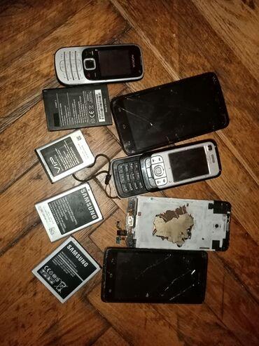 Mobilni telefoni - Ruma: Na prodaju vise telefona, vode se kao neispravni. Takodje i par