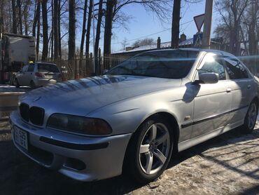 BMW 528 2.8 л. 1999   290 км