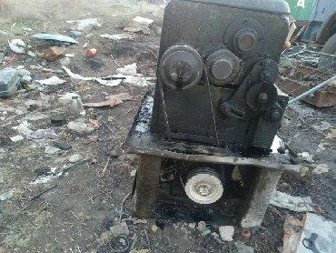 токарный станок ит 1м в Кыргызстан: Продаю токорный станок рабочий токорный станок продаю срочно срочно
