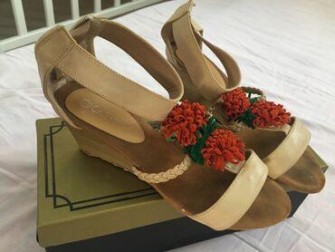 Женская обувь в Ош: Город Ош