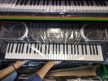 flas - Azərbaycan: Sintezator mls 88 5 oktava flas kartlı pianino effekt verir