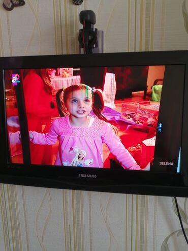 Samsung TV. Smart deyil. İnternet yoxdu. Diaqanal. 66 ekrandı