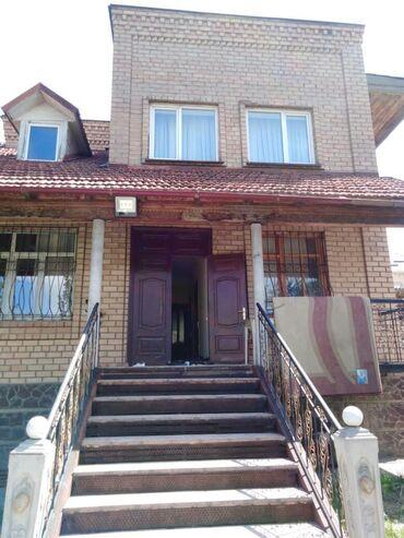 nike free 3 0 в Кыргызстан: Сдаётся Особняк на аренду посуточно. Дом 3-этажный, 7-8 комнат. Есть м