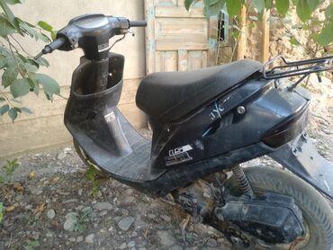 Мотоциклы и мопеды - Сузак: Продаю скутер Хонда дио требуются ремонт не заводится причины не знаю