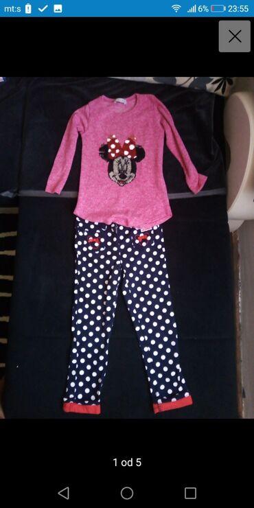 Komplet za devojcicu vel 110 novo original Disney bluzica je piši