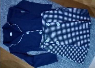 Prelep pamučni sako i suknja vel 14 veoma lepo očuvan bez ikakvih trag