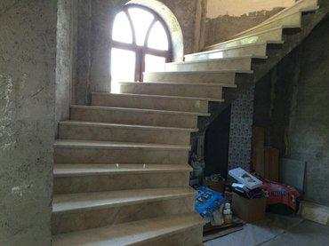 Bakı şəhərində Mermer pillekenler