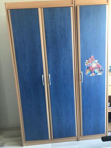 Loznica - Srbija: Polovni ormari za dečiju sobu u odličnom stanju. Kontakt telefon: 064