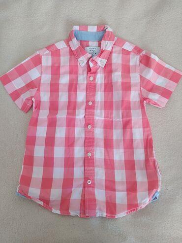 Рубашка на мальчика. На 4-5 лет. Почти новая,пару раз одели на