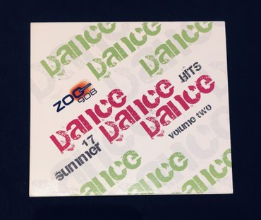 "Zoo Radio, ""Dance Dance Dance"" volume two, του 2007. Το CD σε Thessaloniki"