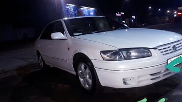 Toyota Camry 2.2 л. 1998 | 222222 км