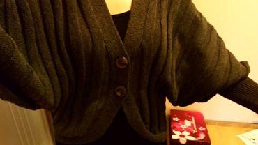 Nov džemper, M veličina, ali može i za krupnije, sa šišmiš - Novi Sad