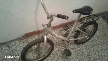 Prodajem dečiju biciklu-ima nožnu kočnicu-kontru, prečnik gume 16. - Arandjelovac