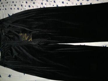 Штаны черные бархатные 48 раз-р. новые 400 сом