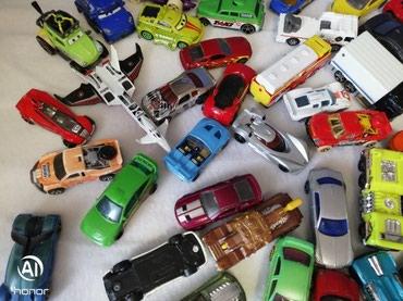 1 ευρώ έκαστο Μεταλλικά αυτοκινητάκια σε Moschato