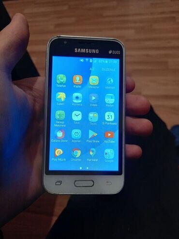 İşlənmiş Samsung Galaxy J1 Mini 8 GB ağ