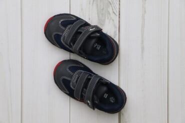 Дитячі черевики B&G, р. 22   Довжина підошви: 16 см  Стан: дуже га
