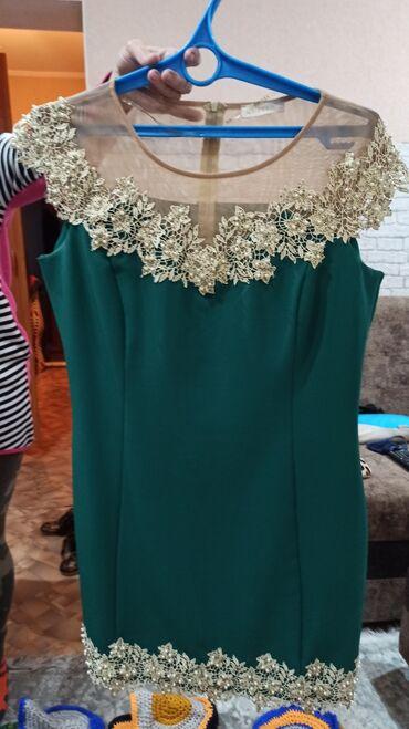 вечернее платье в горошек в Кыргызстан: Вечерние платья. Торг. Размер 44-46